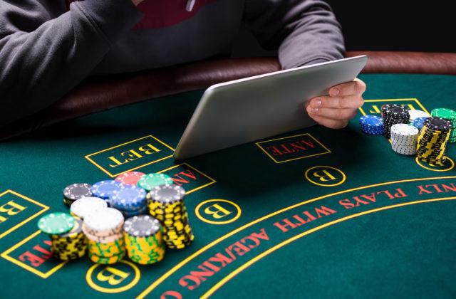 Работа в казино вулкан вакансии продажа игровые автоматы симуляторы