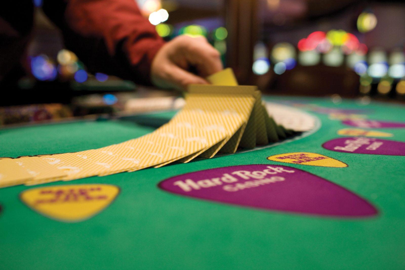Играла когда нибудь в казино карты дурак играть бесплатно без регистрации